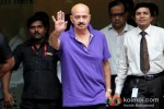Rakesh Roshan Outside Hinduja Hospital Pic 2