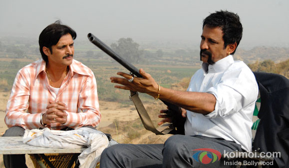 Jimmy Shergill And Kay Kay Menon in Bull Bulbul Bandook Movie Stillls