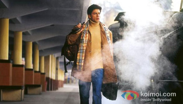 Shah Rukh Khan in Main Hoon Na Movie Stills