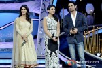 Vaani Kapoor, Parineeti Chopra And Sushant Singh Rajput promote Shudh Desi Romance on the sets of 'Dance India Dance' Pic 1