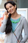 A Causually Dressed Kangana Ranaut In A Still From Queen
