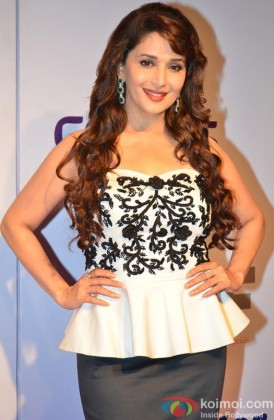 A Stunning Madhuri Dixit Nene Poses For The Shutterbugs