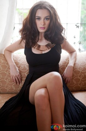 Evelyn Sharma Sizzles In Black