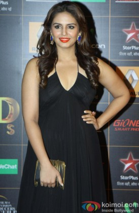 Huma Qureshi Dressed In Black At An Event