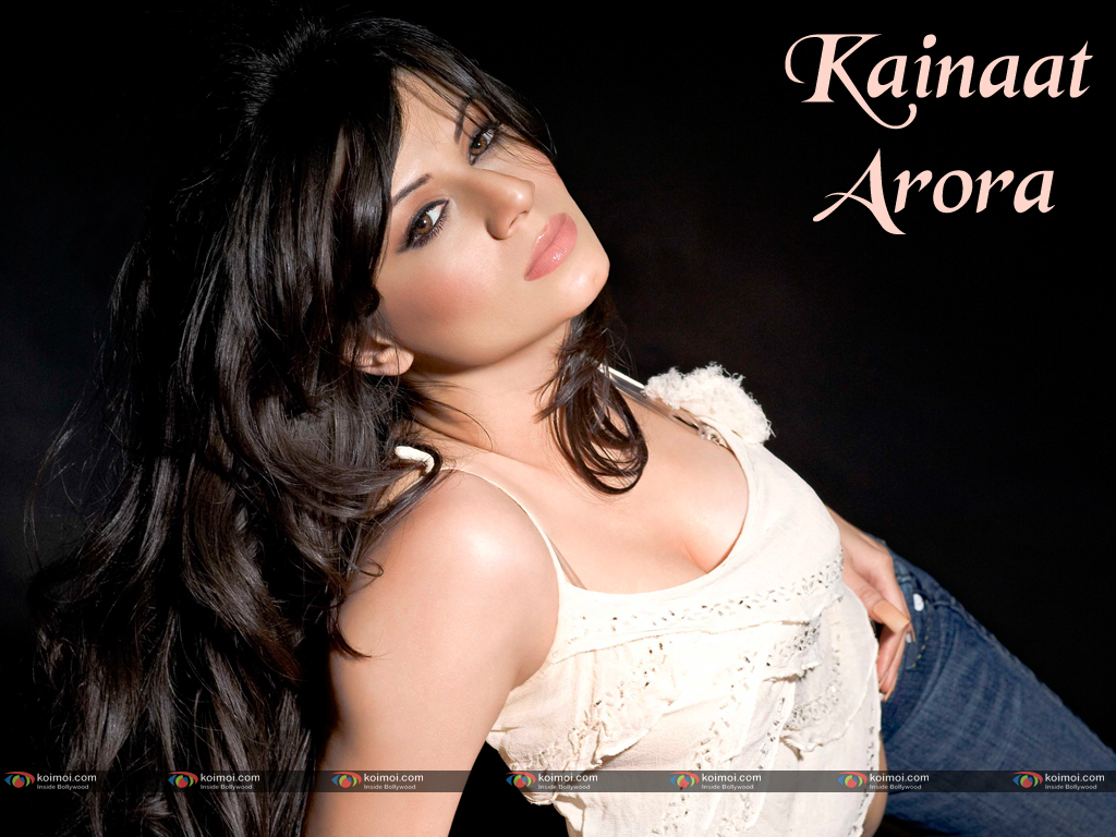 Kainaat Arora Wallpaper 4