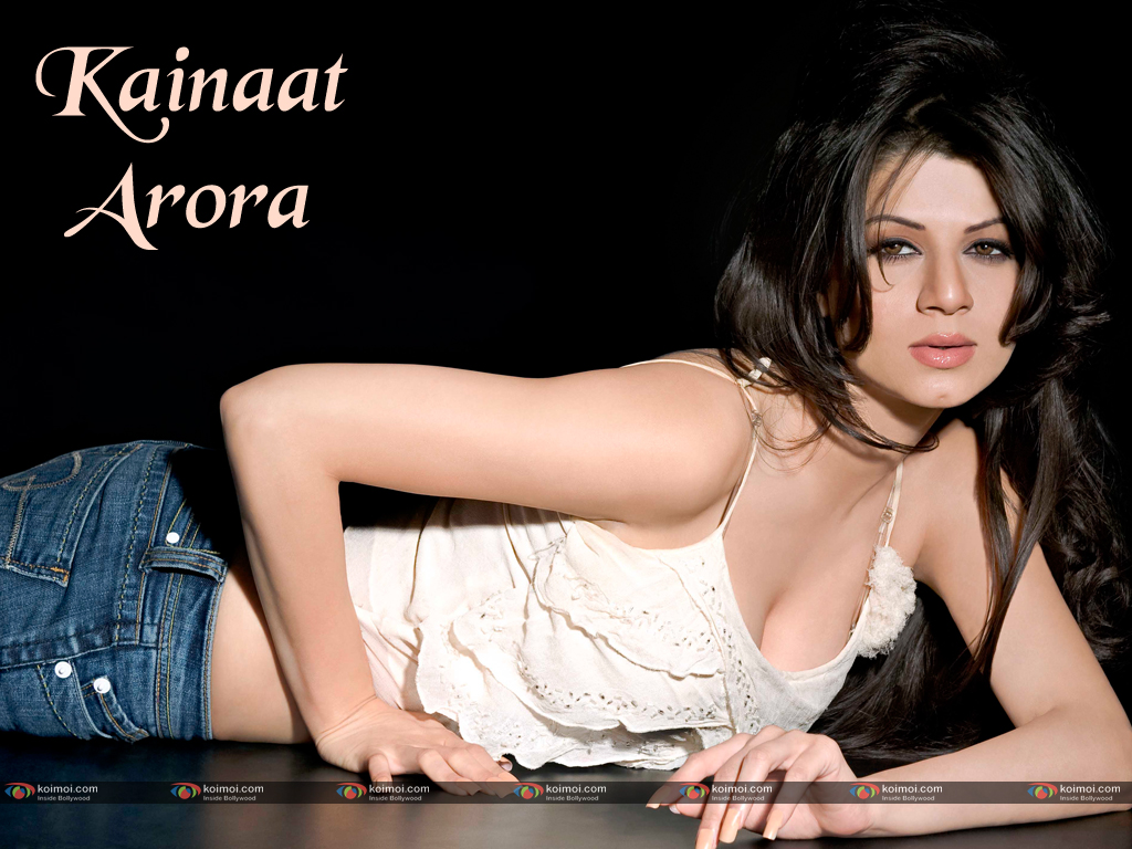Kainaat Arora Wallpaper 5
