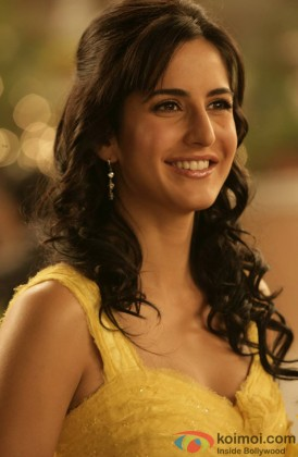 Katrina Kaif Flashes Her Pretty Smile