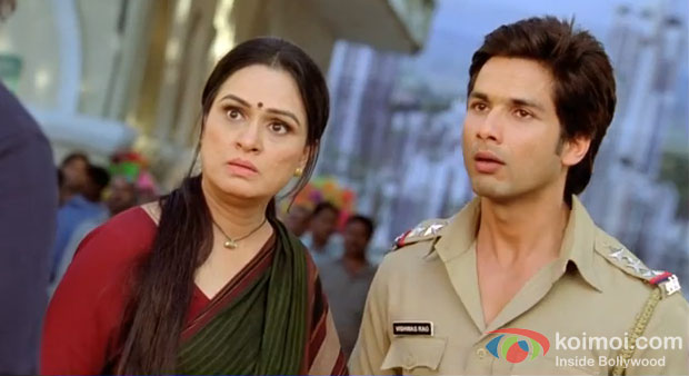 Padmini Kolhapure And Shahid Kapoor in Phata Poster Nikhla Hero Movie Stills