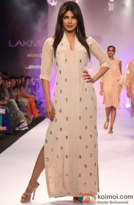 Priyanka Chopra Sizzles On The Ramp