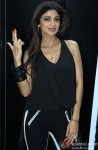 Shilpa Shetty gives the 'Dishkiyaoon' pose