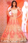 Shilpa Shetty walks the ramp at Rohit Verma's fashion show
