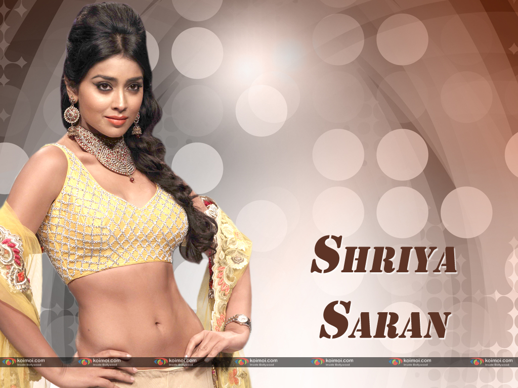 Shriya Saran Wallpaper 2