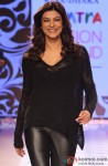 Sushmita Sen Flashes Her Beautiful Smile