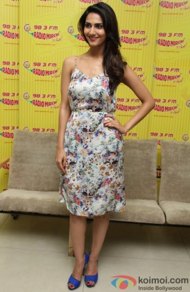 Vaani Kapoor looks pretty in a floral print dress