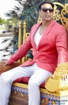 A Stylish Akshay Kumar Snapped Wearing Pink Jacket