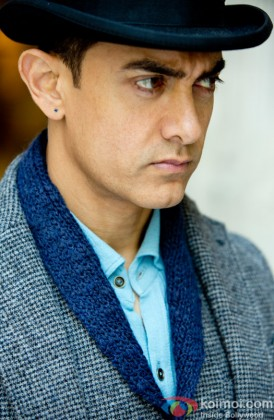 Aamir Khan dons the Dhoom hat!