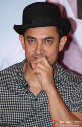 Aamir Khan at promotional event of film 'Dhoom 3'