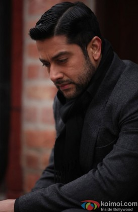 Aftab Shivdasani Snapped In A Sad Mood