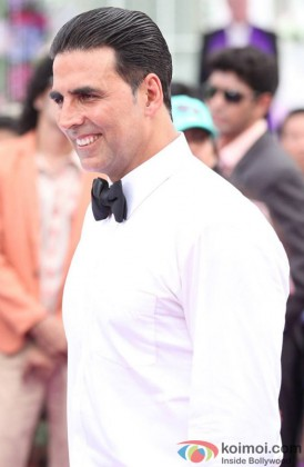 Akshay Kumar Looking Smart In A White Shirt