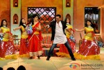 Akshay Kumar promotes Boss on 'Comedy Nights with Kapil' Pic 3