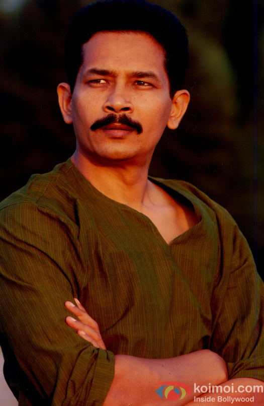 atul kulkarni wife photo