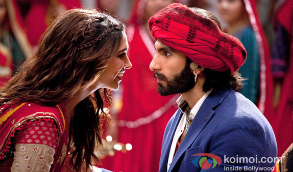 Deepika Padukone And Ranveer Singh in a still from Ramleela