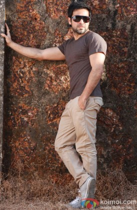 Emraan Hashmi looking smart in casuals