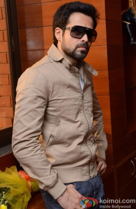 Emraan Hashmi looking smart with shades
