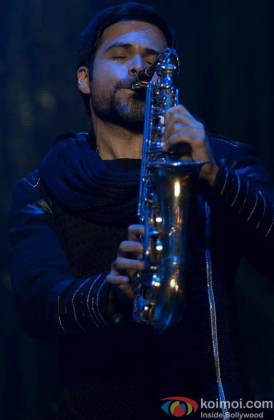 Emraan Hashmi snapped playing an instrument