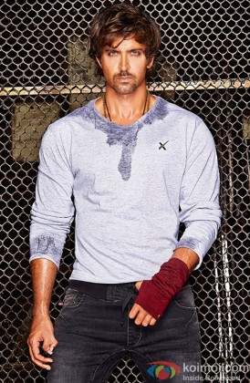 Hrithik Roshan Snapped At A Photo Shoot