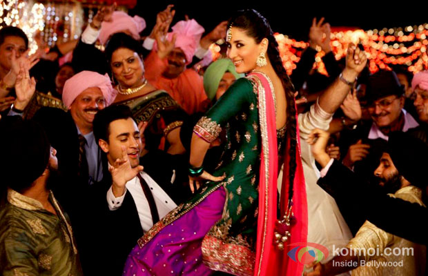 Imran Khan And Kareena Kapoor in Gori Tere Pyar Mein Movie Stills