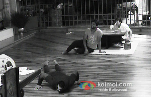 Kushal Tandon And Armaan Kohli in Bigg Boss 7 Pic 2