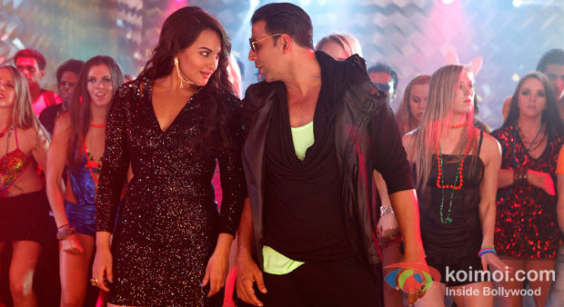 Sonakshi Sinha And Akshay Kumar in Boss Movier Stills