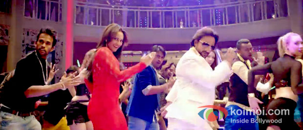 Sonakshi Sinha And Saif Ali Khan in Bullett Raja Movie Stills