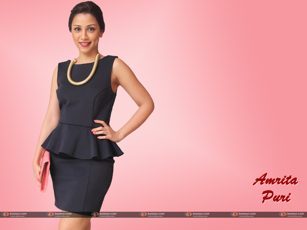 Amrita Puri Wallpaper 1