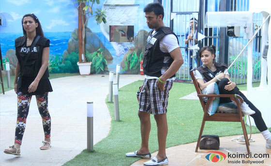 Gauhar Khan, Sangram Singh and Elli Avram in Bigg Boss 7