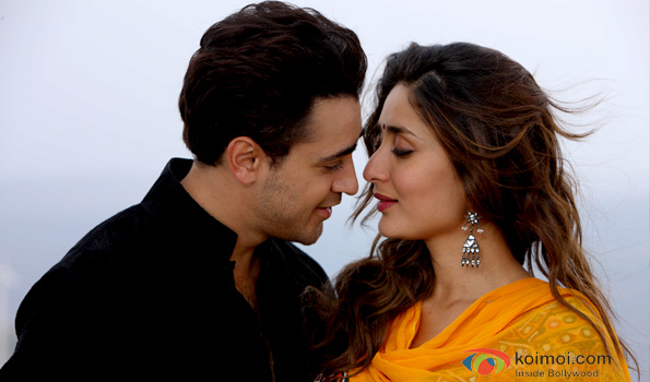 Imran Khan and Kareena Kapoor in a still from Gori Tere Pyaar Mein!