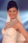 Sushmita Sen walks the ramp at a jewellery fashion show