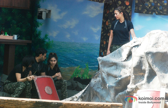 VJ Andy, Tanisha Mukherjee and Gauhar Khan in Bigg Boss 7