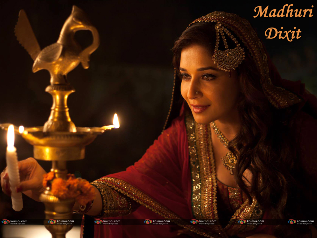 Madhuri Dixit Wallpaper 2