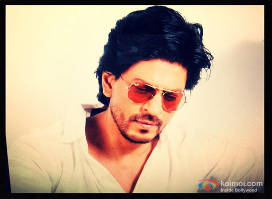 Shah Rukh Khan Tweeted A Picture Of Him On The Blog