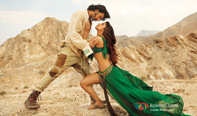 Ranveer Singh and Priyanka Chopra in a still from Gunday