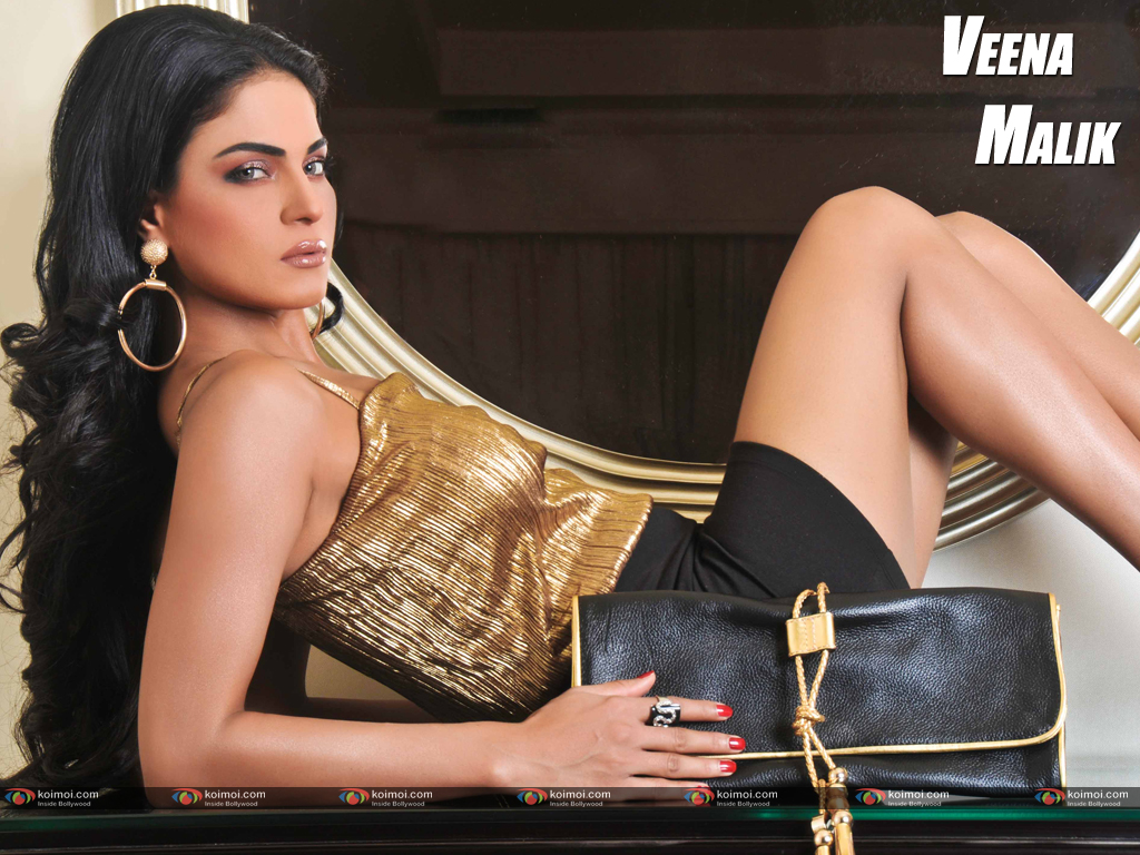 Veena Malik Wallpaper 11