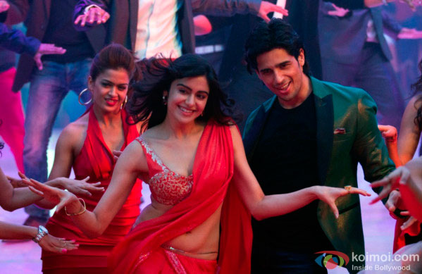 Adah Sharma and Sidharth Malhotra in a 'Shake It Like Shammi' song still from movie 'Hasee Toh Phasee'
