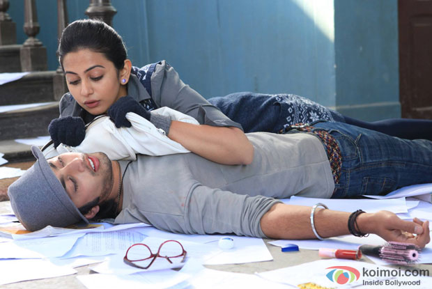 Himansh Kohli and Rakul Preet in a still from 'Yaariyan'