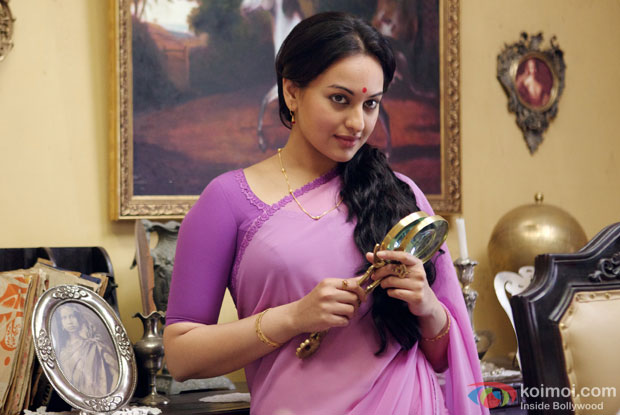Sonakshi Sinha in a still from movie 'Lootera'