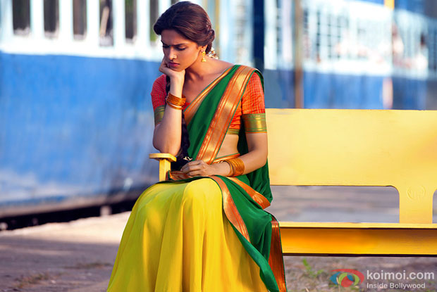 Deepika Padukone in a still from movie 'Chennai Express'