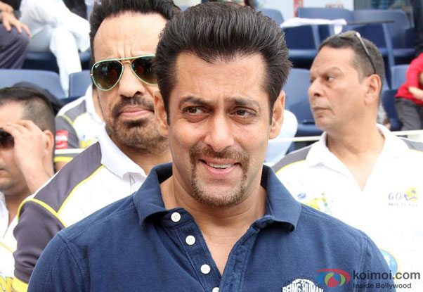 What\'s With Salman Khan\'s New French Beard Style? | Koimoi