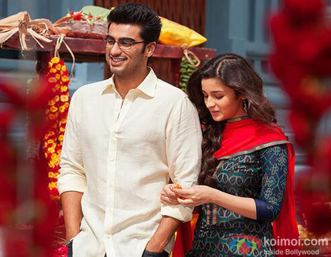 Arjun Kapoor and Alia Bhatt in a still from movie '2 Sates'