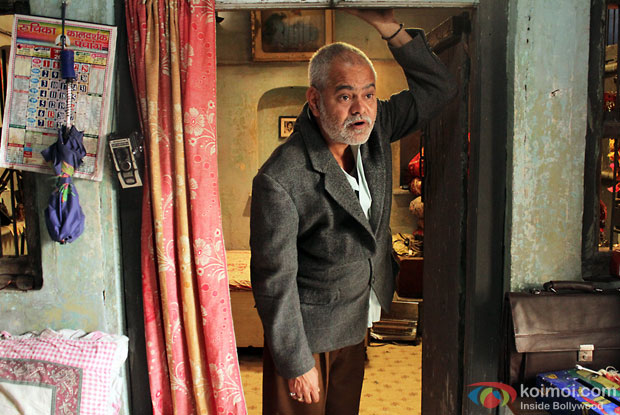 Sanjay Mishra in a still from movie 'Ankhon Dekhi'